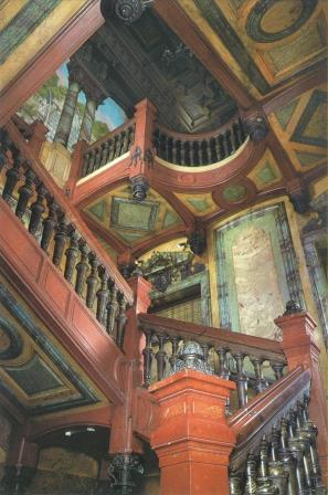 The central staircase, registered as Historical Landmark © Roland Dreyfus